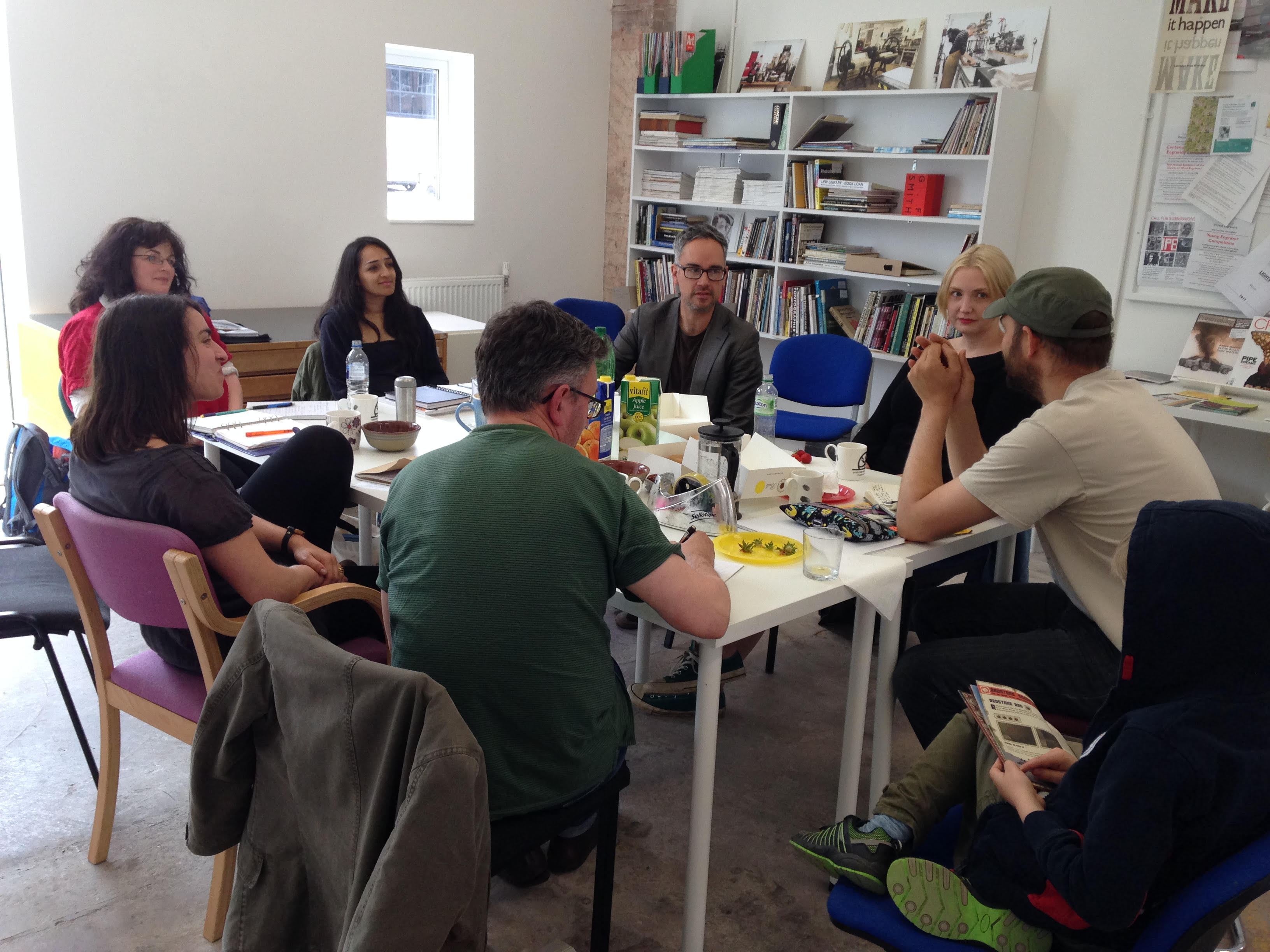 Document: artists meet for the first time